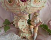 Ancienne vasque en biscuit de porcelaine LCV ***