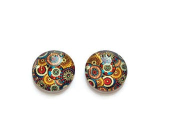20 mm round x 2 pictured cabochons