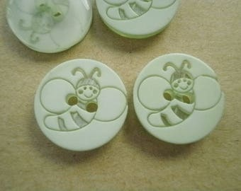 Set of 2 round buttons two holes, light green color plastic pattern bee, diameter 15 mm