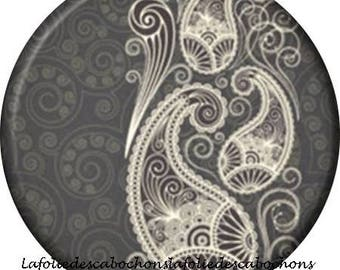 "Cabochon stuck resin 25 mm for jewelry theme ""lace"""