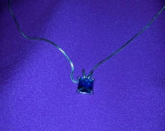 Sterling Silver Blue Sapphire Pendant Necklace.