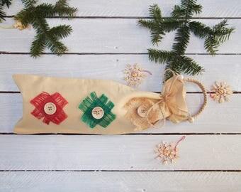 Reusable gift bag; Christmas Gift Bag; Wine bottle bag; Gift bag with wooden buttons; Reusable Christmas gift bag