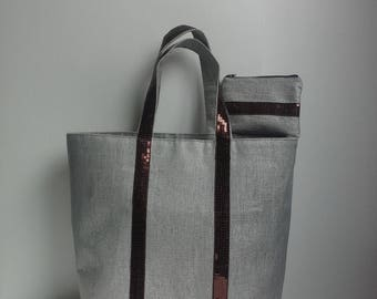 The beige tote bag set with Brown and worn glitter wallet