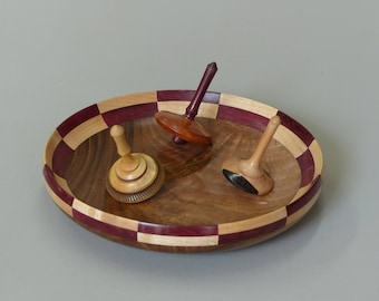 Track of games with wooden tops