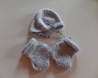 Hat and booties special baby wool