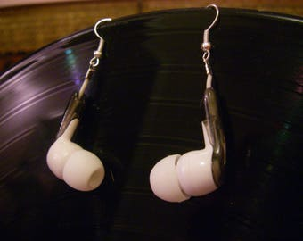 "Earrings original recycling ""headphones"""