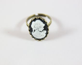 cabochon, metal bronze plated and fimo cameo Adjustable ring