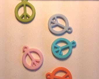 Set of six pendants 14 mm to 14 millimetres peace