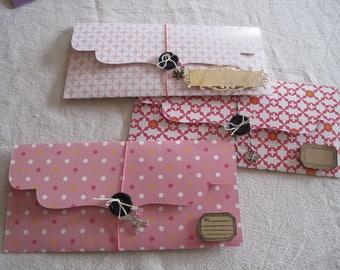 Gift, tickets, dots, geometric, kraft label motif bags