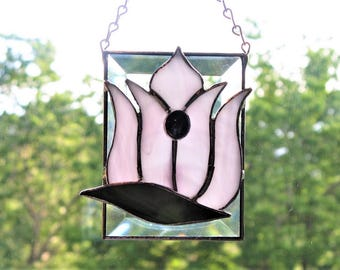Lovely Stained Glass Tulip on Rectangular Bevel