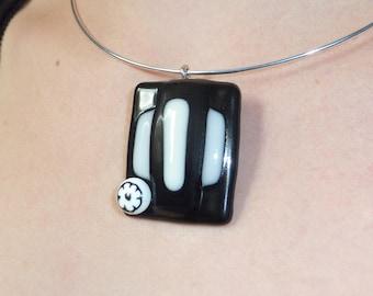 """Piano"" necklace in fused glass, unique creation"