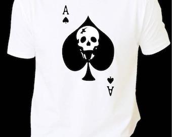 T-shirt man skull