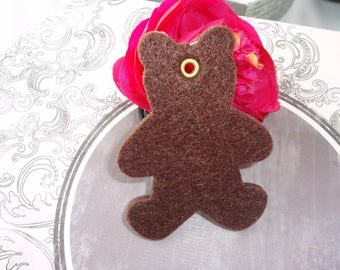 Teddy bear felt crayon chocolate 8.5 spirit pendant x 1 cm