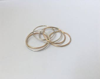 Simple Stackable Rings