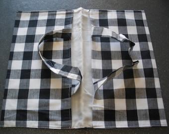 bag pie black and white squares