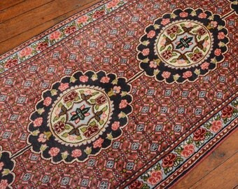 Vintage Persian Bidjar Runner, 2'5''x9'7'', Red/Light Blue, All wool pile