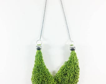 ++ Sarea green ++ short necklace in cotton and polyester