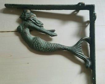 Mermaid brackets