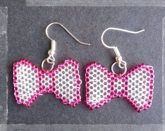 """""""Knots"""" pink and clear in peyote stitch earrings"""