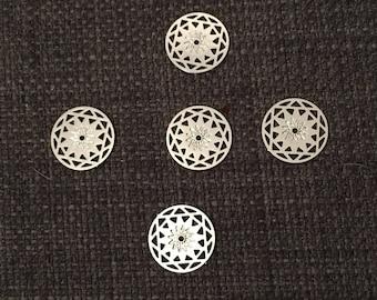 lot de 5 breloques estampe ronde en métal argenté de 1,2 cm de diamètre