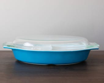 Vintage Pyrex 063 Horizon Blue Divided Dish with lid