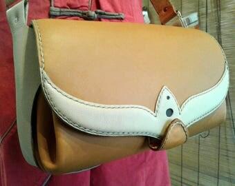 "Bag ""KUKKA"" Camel & Cream - 28 x 16 x 11cm"