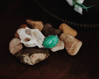 Faux green jade statement ring from Mideast: boho gypsy bohemian