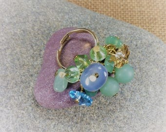 Aventurine, agate and Swarovski crystal hearts gemstone cluster ring (adjustable multi size) with gold plated decoration and  base