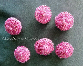 buttons with crocheted beads
