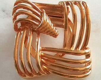 Vintage Art Deco Scarf Clip . Gold Toned . Business Jewelry . Professonal Jewelry . Retro . Era. 1980's . Shoe, scarf, and hat clip