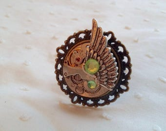 With Wing right silver-tone adjustable steampunk ring