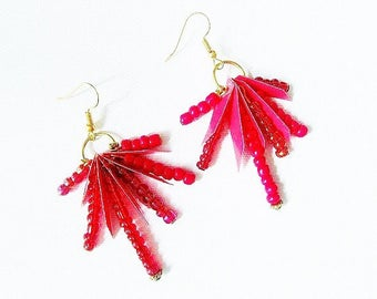 Boucles d'oreille, pendants d'oreille, rouge -corail, ethniques, boho #Les
