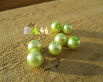 Set of 10 lime green beads 8 mm