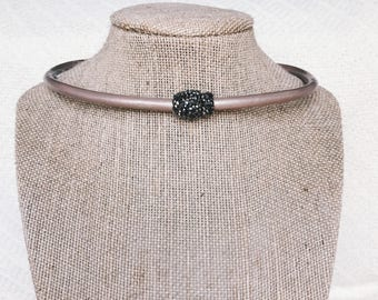 Magnetic Pave Choker
