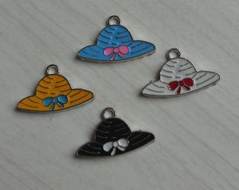 Set of 4 hats enamelled metal pendants
