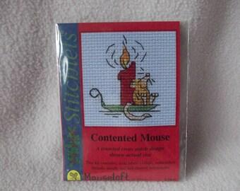 CONTENTED MOUSE ~ Mouseloft Stitchlets ~ Mini Cross Stitch Kit