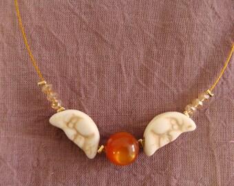 Collier Lune : deux lunes et perle centrale orangée