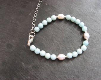 Amazonite and white freshwater pearl bracelet