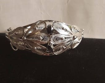 Sterling Silver Filigree Bracelet with two hematite stones 002
