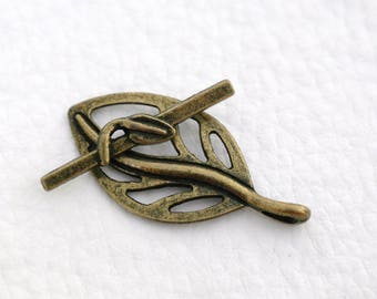 Bronze leaf Toggle clasp