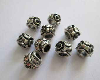 9 perles en métal argenté et strass noir 10 x 9 mm trou 5 mm