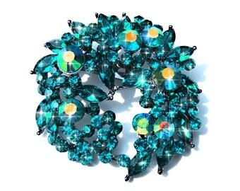 Broche couronne de fleur cristal et strass bleu vert et AB.