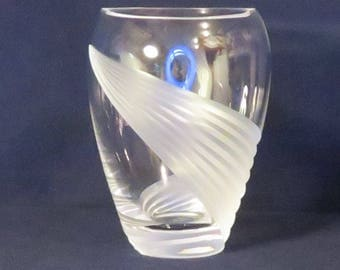 Lenox Windswept Frosted Swirl and Clear Flower Vase
