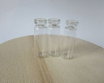 Set of 3 glass vials and corks plastic ideal for jewelry
