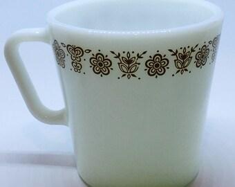Pyrex Butterfly Gold Coffee Mug