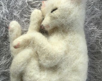 Needle felted Fox, Felted Fox, Felted Animal, Sleeping Fox, White Fox, Needle Felt Fox, Needle Felted, Felted Animal