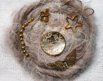 """Taupe and ecru """"wings"""" mohair brooch"""