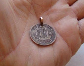 British half penny sailing ship lovely detail pendant / necklace !!