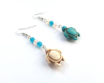 Earrings turtles in stone blue turquoise and beige