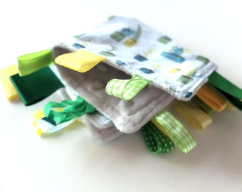 Baby Taggy Blanket, Ribbon Blanket, Teething Toy, Ribbon Taggy Toy, Taggy Teether, Green taggy, tag blanket, plants tag blanket